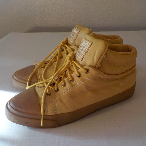 95a11919f9 Reebok BOKS Retro Yellow 8/7.5 M High Top Sneakers